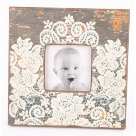 Wood Photo Frame With Lace Pattern