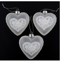 Set of 3 frosted glass hearts with stunning lace detail.