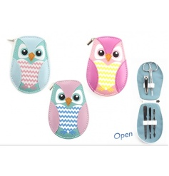 Cute and practical manicure sets in an owl case