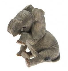 Stunning Elephant figurine with intricate detail from Leonardo