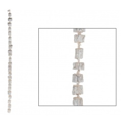 A chic white washed wood garland, ideal for display and decoration all year round.