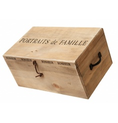 Chic wooden storage box with French wording
