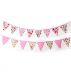 A mix of pretty pastel bunting in an assortment of 2 designs