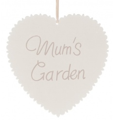 White wooden hanging heart decoration with Mums Garden script