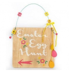Bright and colourful wooden sign with Egg Hunt text