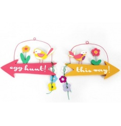 An assortment of two wooden arrow signs with Egg Hunt script