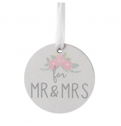 Small wooden sign with Mr and Mrs print