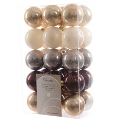 Set off your top trending colour schemes with this pack of shatterproof baubles.