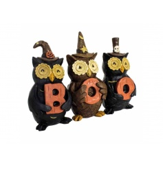 A novelty halloween decoration with owls and BOO sign.