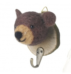 A charming woodland bear hook set on a bark plaque. Perfect for stockings!