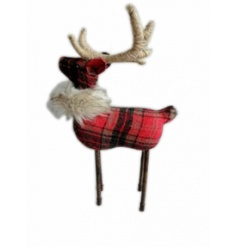 Create a warming festive look with this traditional reindeer figure with faux fur collar.