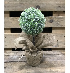 Artificial topiary buxus ball with jute base and artificial snow