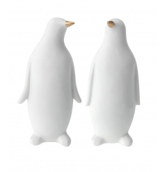 2 assorted chic penguin ornaments with gold beaks. A stylish and contemporary home accessory.