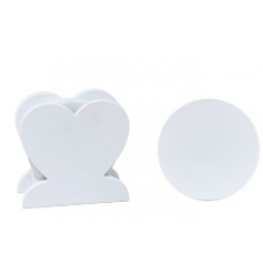White Shabbie Coasters In Heart Stand