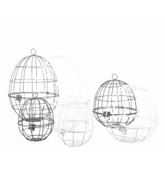 A mix of 3 egg shaped bird cages which can be hung. A fabulous decoration for showcasing Easter goods.