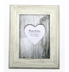 A shabby chic style wooden photo frame. Compliments many interior styles.