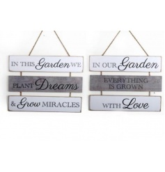 Stylish 3 tier plaque with a rustic shabby touch to it