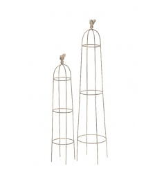 A set of 2 cream obelisks, each with a decorative bird. A gorgeous item for the garden, ideal for climbing plants.