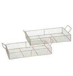 A set of 2 rustic metal chicken wire trays with handles. Multi-functional trays which are full of rustic charm.