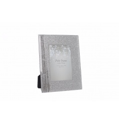 Stylish and sparkly picture frame with a 4x6inch picture slot