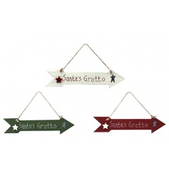 A mix of 3 festive arrow signs with Santas Grotto slogan and star details.