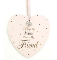 A fabulous ceramic heart shaped plaque with a lovely mum sentiment slogan.