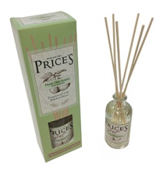 Let the sweet smell of summer seep into your room with this beautifully designed Reed Diffuser, with its summery pear a