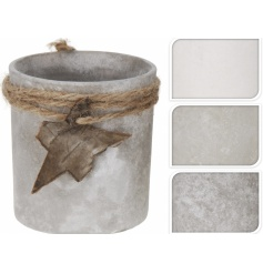 3 assorted designed frosted glass pots, perfect for a winter feel.