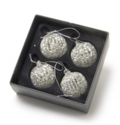 A set of 4 spun glass baubles with a glitter finish. Perfect for complimenting many festive themes.