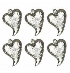 A set of 6 classic glass hearts with a lattice design. A chic addition to the home and occasions.