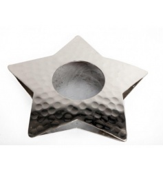 A simple star shaped metal tlight holder, completed with hammered dents to give off a stylish look